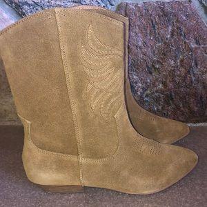 Aldo Suede boots